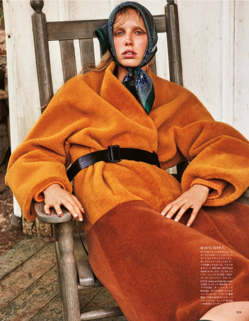 Estella-Jessie-Rustic-Style-Vogue-Japan-September-2017-Editorial07.jpg