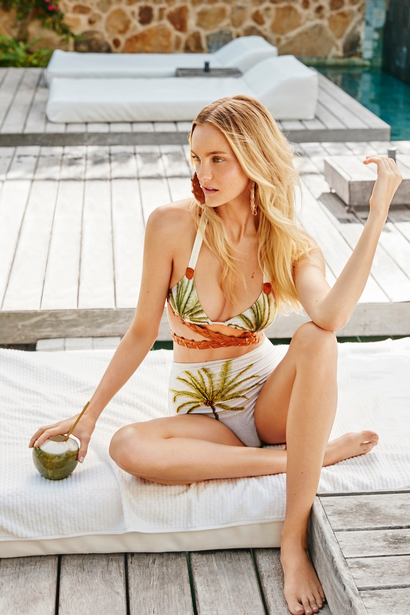 Caroline-Trentini-Agua-de-Coco-Spring-2018-Campaign47860.jpg