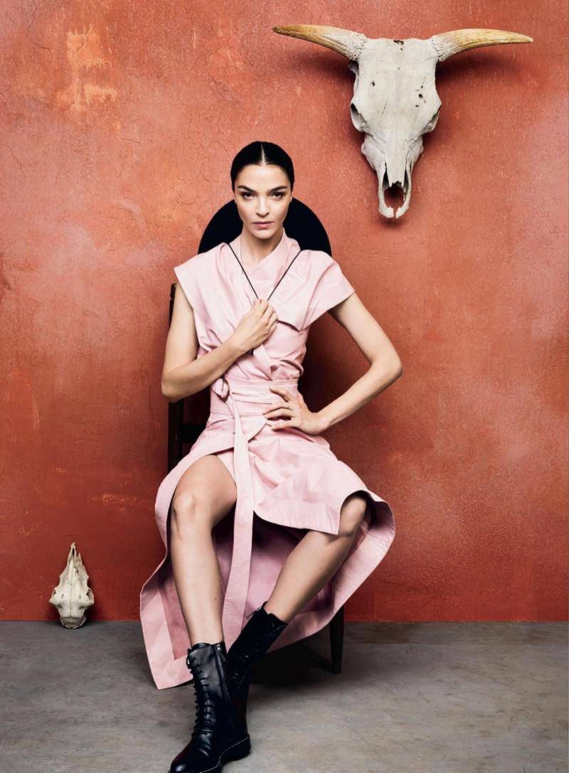 Mariacarla-Boscono-Minimal-Looks-InStyle-September-2017-Editorial04.jpg