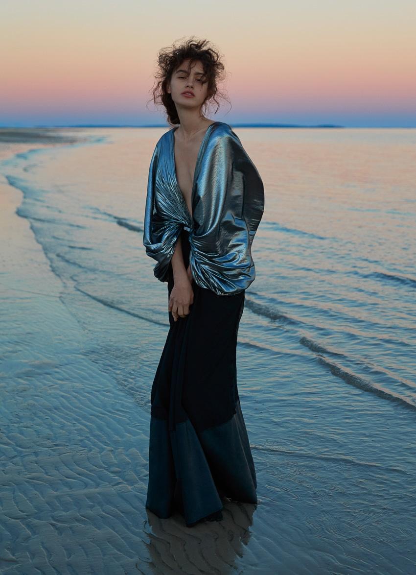 Harpers-Bazaar-Australia-October-2017-Alenya-Fitzgerald-Sylve-Colless-1-2.jpg
