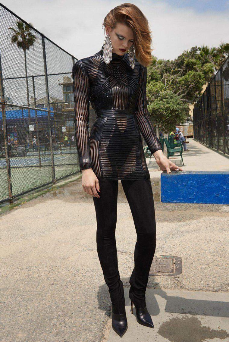 Cara-Taylor-by-Glen-Luchford-for-Vogue-Paris-October-2017- (2).jpg