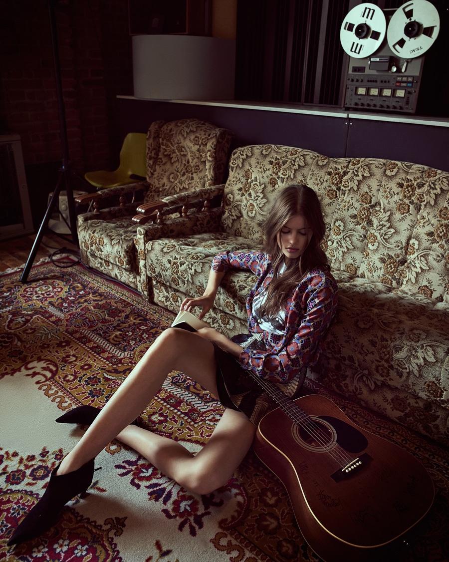 Barbora-Podzimkova-Harpers-Bazaar-Czech-Andreas-Ortner-1-2.jpg
