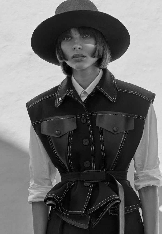 Charlee-Fraser-Vogue-Germany-Alique-1.jpg