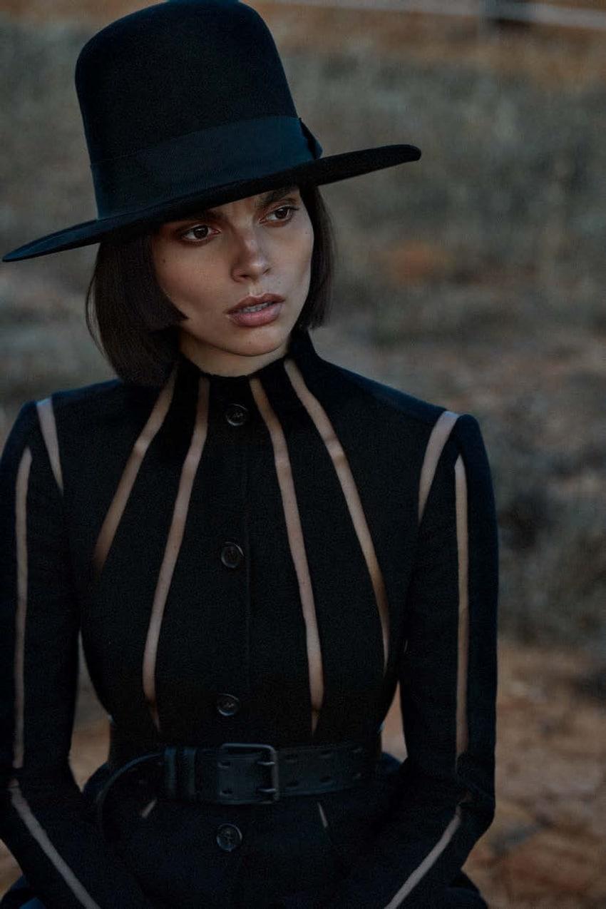 Charlee-Fraser-Vogue-Germany-Alique-12.jpg