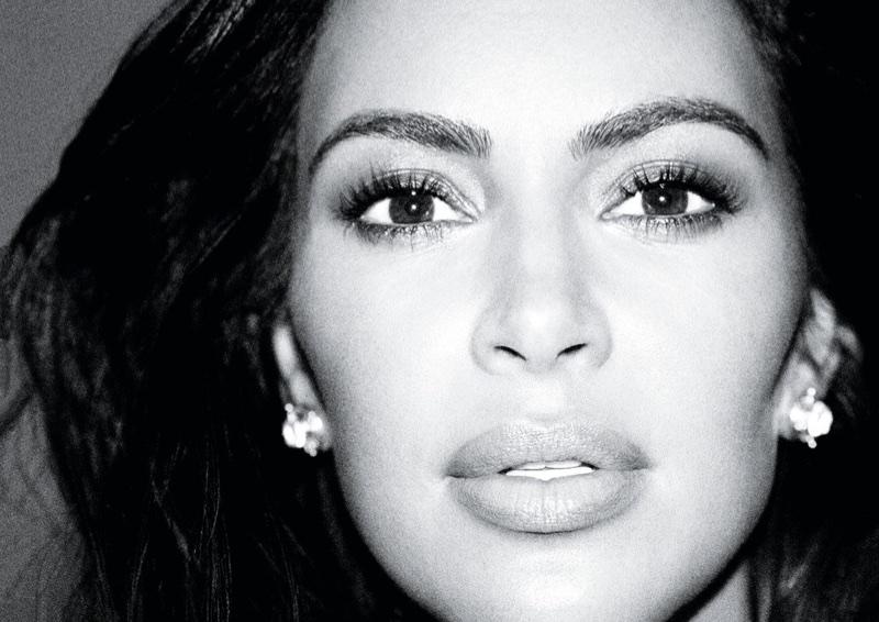 Kim-Kardashian-Alure-October-2017-Cover-Photoshoot05.jpg
