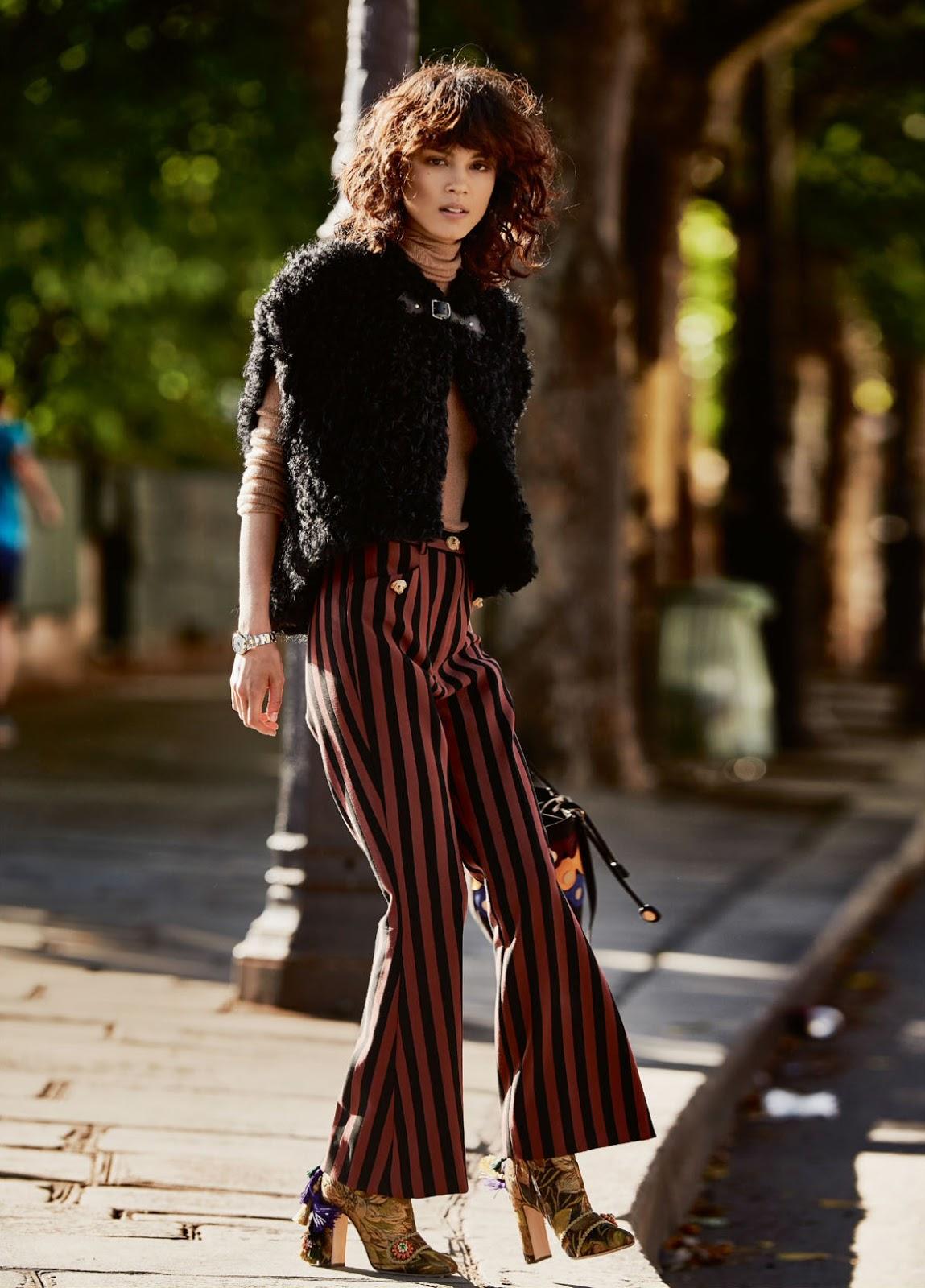 Elle UK October 2017-24.jpg