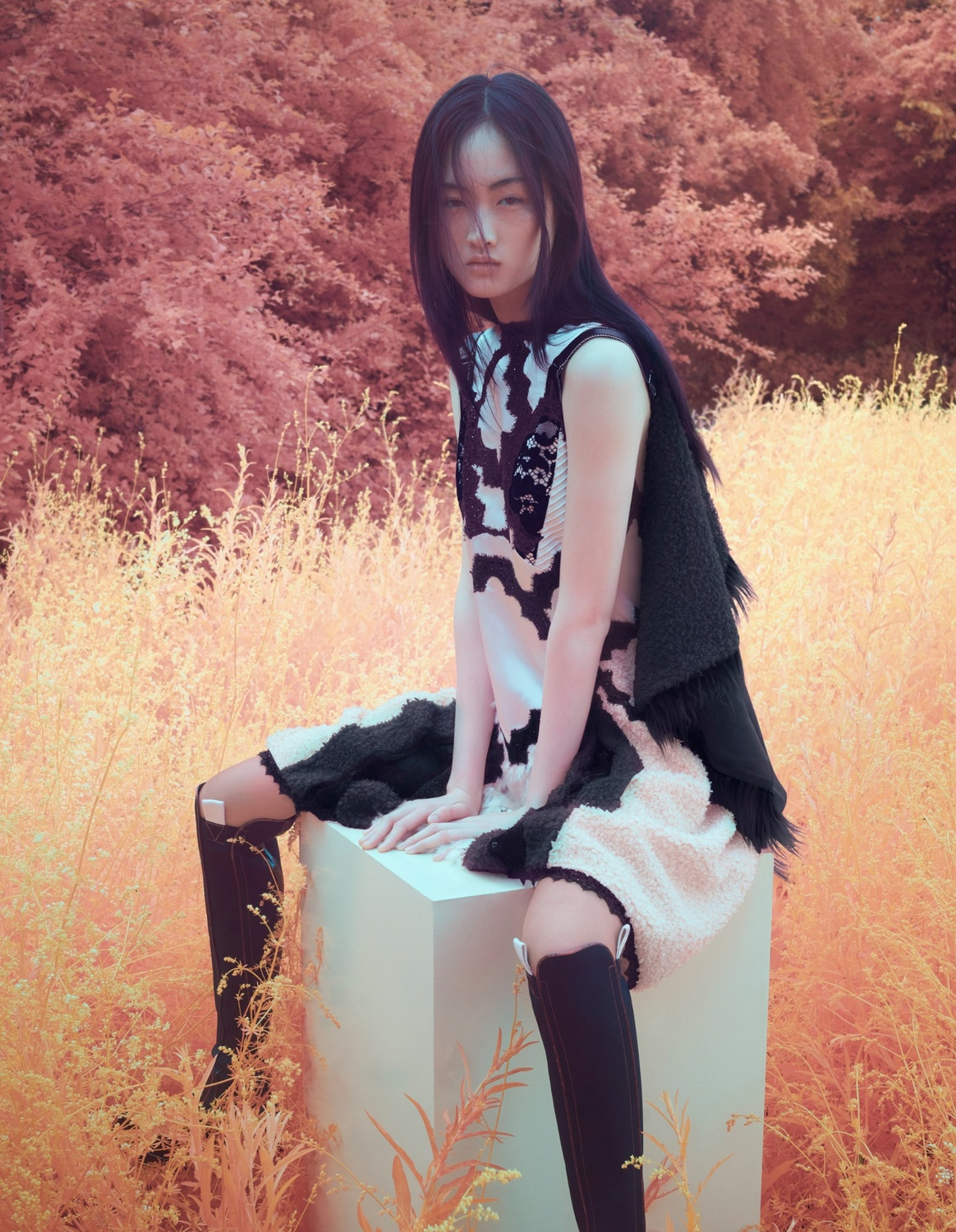 Jing Wen by Solve Sundsbo for Vogue China October 2017  (10).jpg