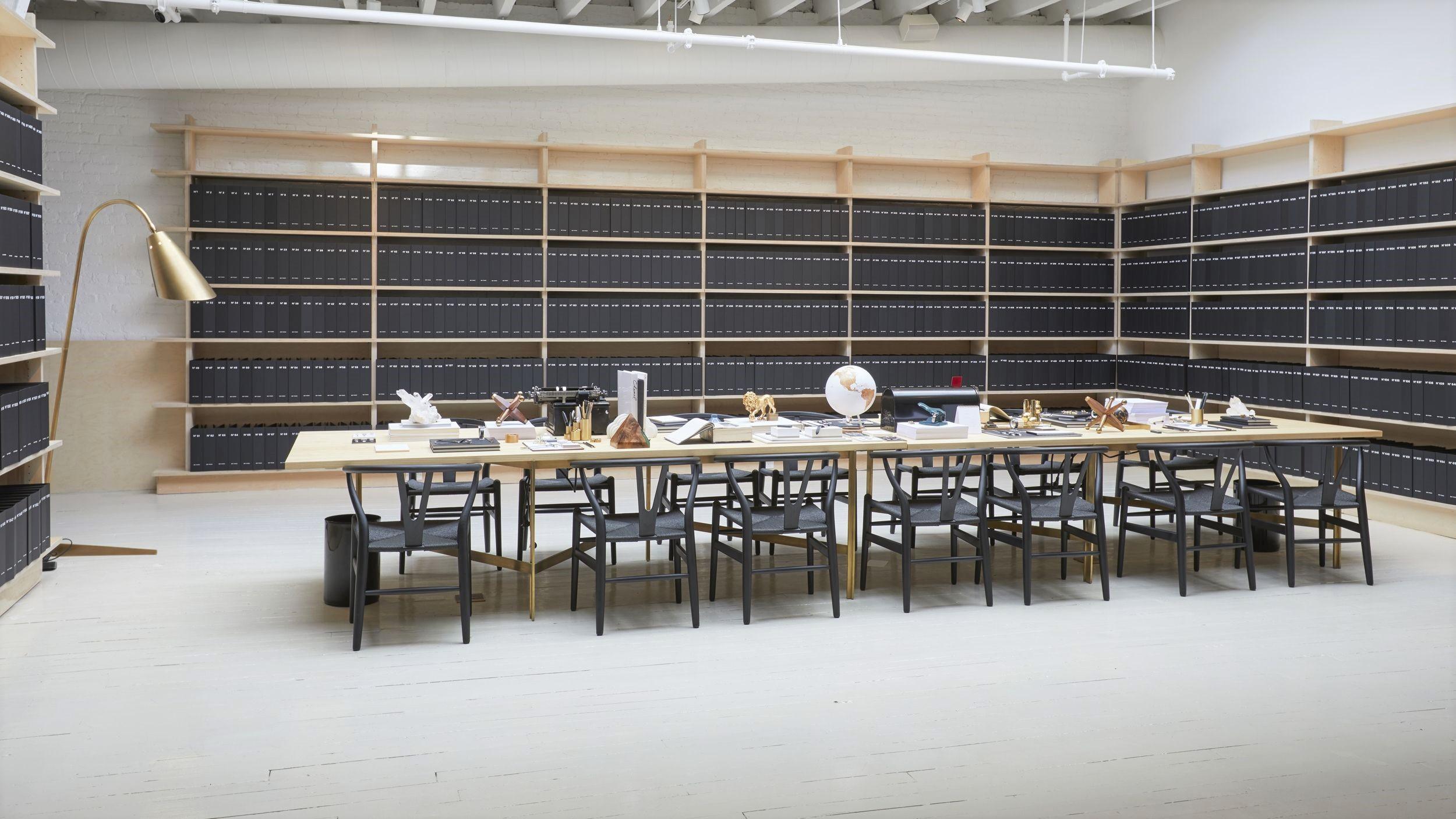 the-coco-club-library-1510443911.jpg