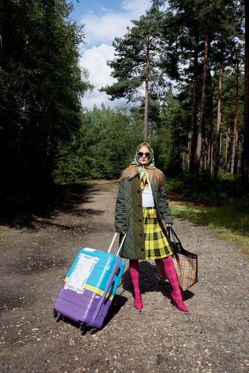 Juergen-Teller-for-Vogue-UK-December-2017-2.jpg