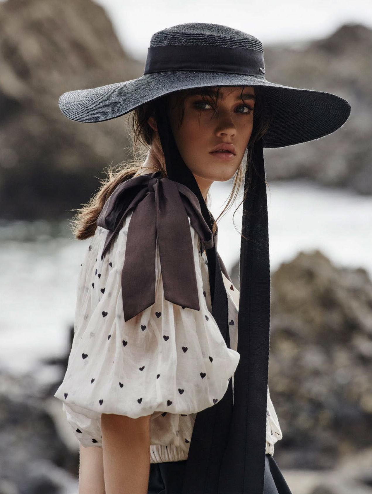Rose-Freemantle-Simon-Upton-Elle-Australia-Feb-2018- (6).jpg