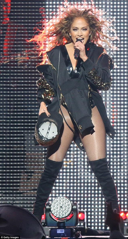 Jennifer-Lopez-Las-Vegas-.jpg