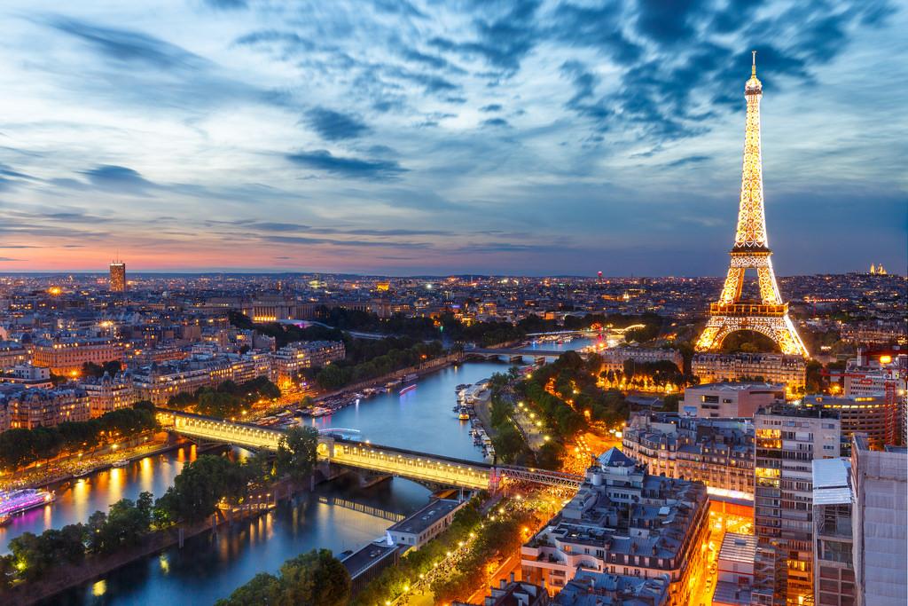 paris-at-night-.jpg
