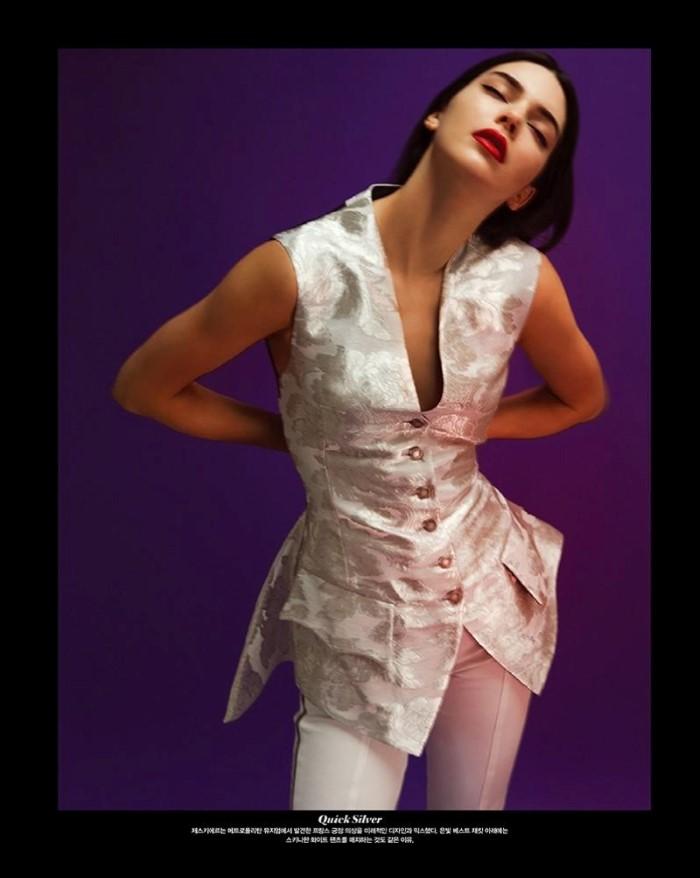 Kendall-Jenner-Hyea - Kang-Vogue-Korea- (7).jpg