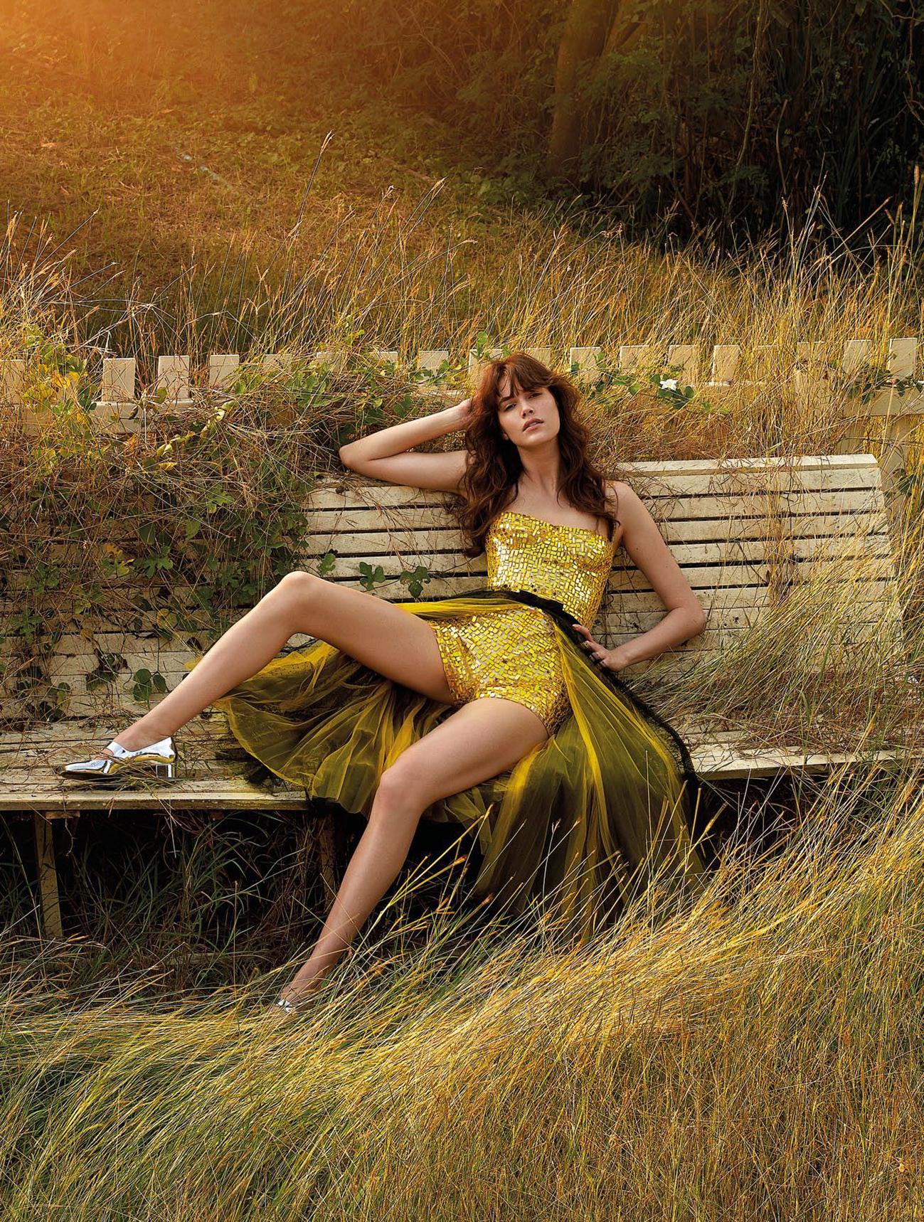 Vanessa-Moody-Nat-Prakobsantisuk-Vogue Thailand- (10).jpg