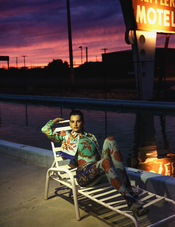 Vogue Spain April 2018 - 5.jpg