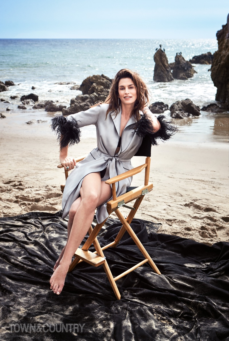 Cindy-Crawford-Victor-Demarchelier-Town-Country-May 2018 (1).jpg