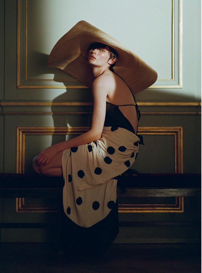 lara Mullen by Gorka Postigo for S Moda El Pais  (1).jpg