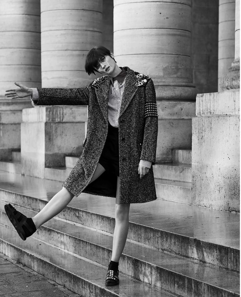 lara Mullen by Gorka Postigo for S Moda El Pais  (4).jpg