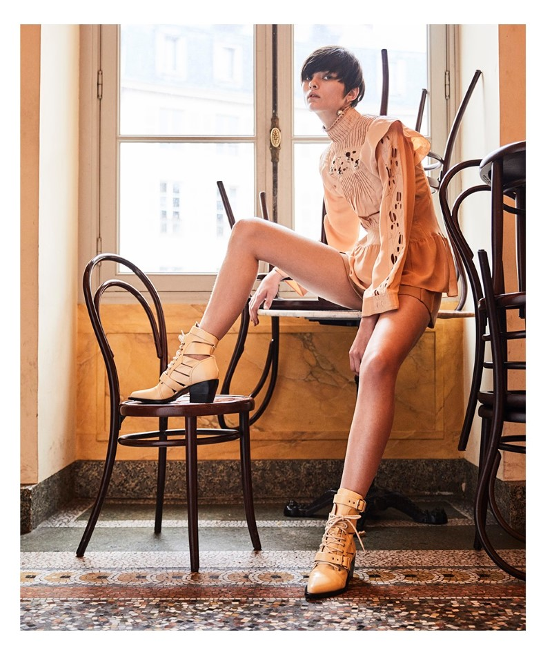 lara Mullen by Gorka Postigo for S Moda El Pais  (11).jpg
