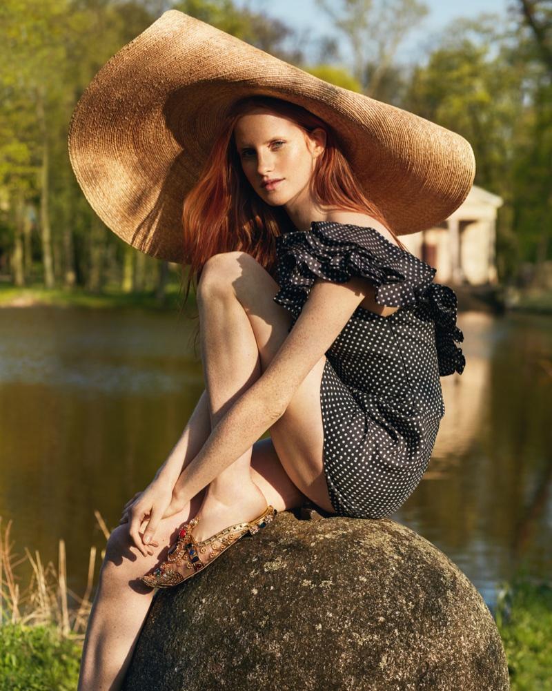 Magdalena-Jasek-by-Magdalena Luniewska for Harper's Bazaar Poland June 2018 (4).jpg
