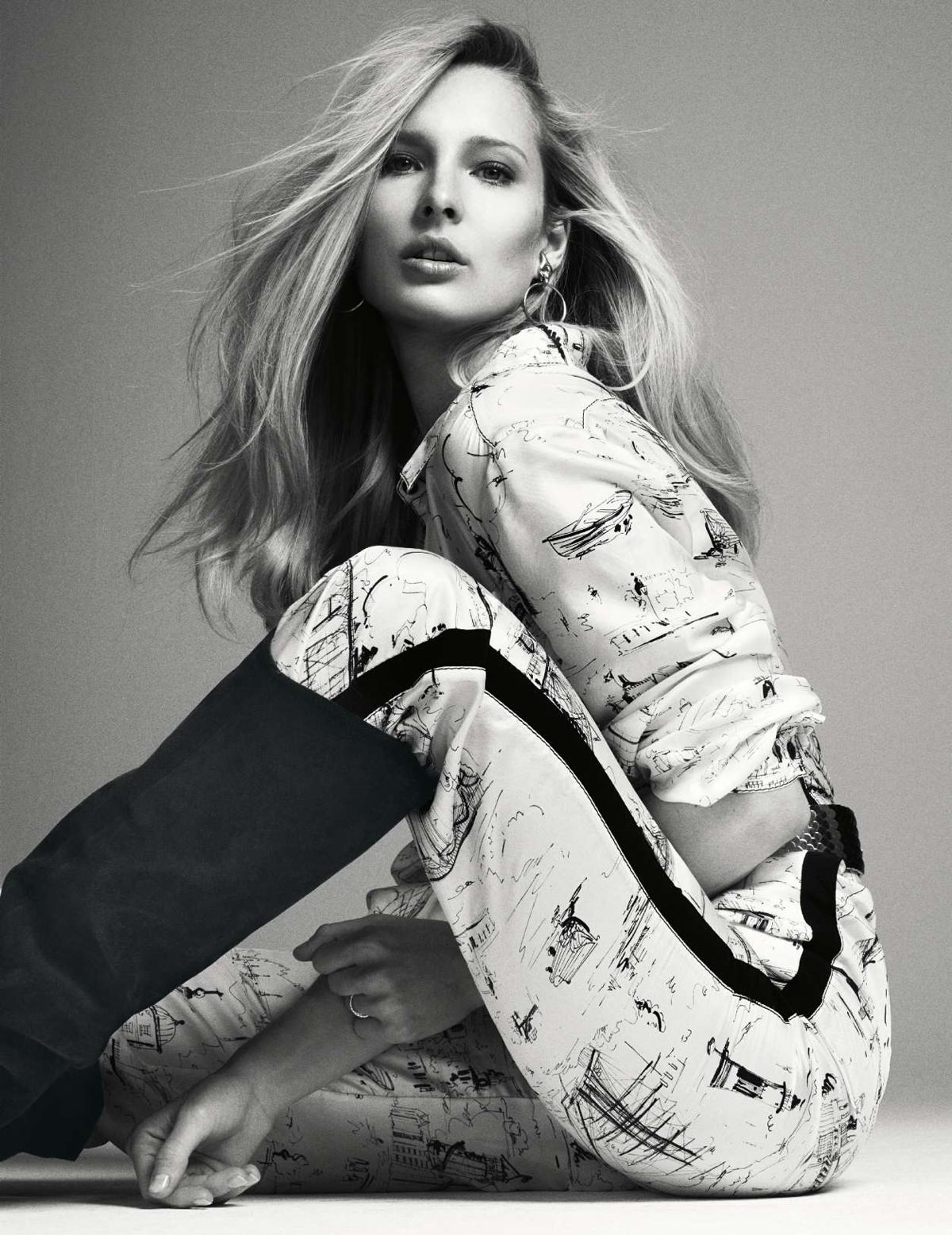 Ilona Smet by Nik Hartley for Elle France June 22 (10).jpg