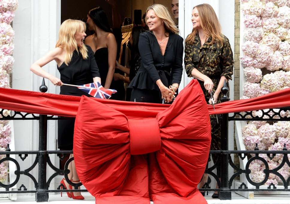 Stella McCartney opens the new shop with Kylie Minogue and Kate Moss ( Rex Features ) via The Independent