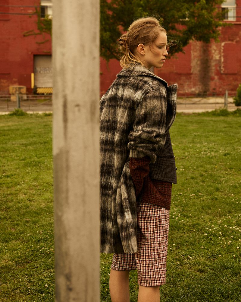 Rebecca Leigh Longendyke by Amit for Vogue Italia July 2018 (6).jpg