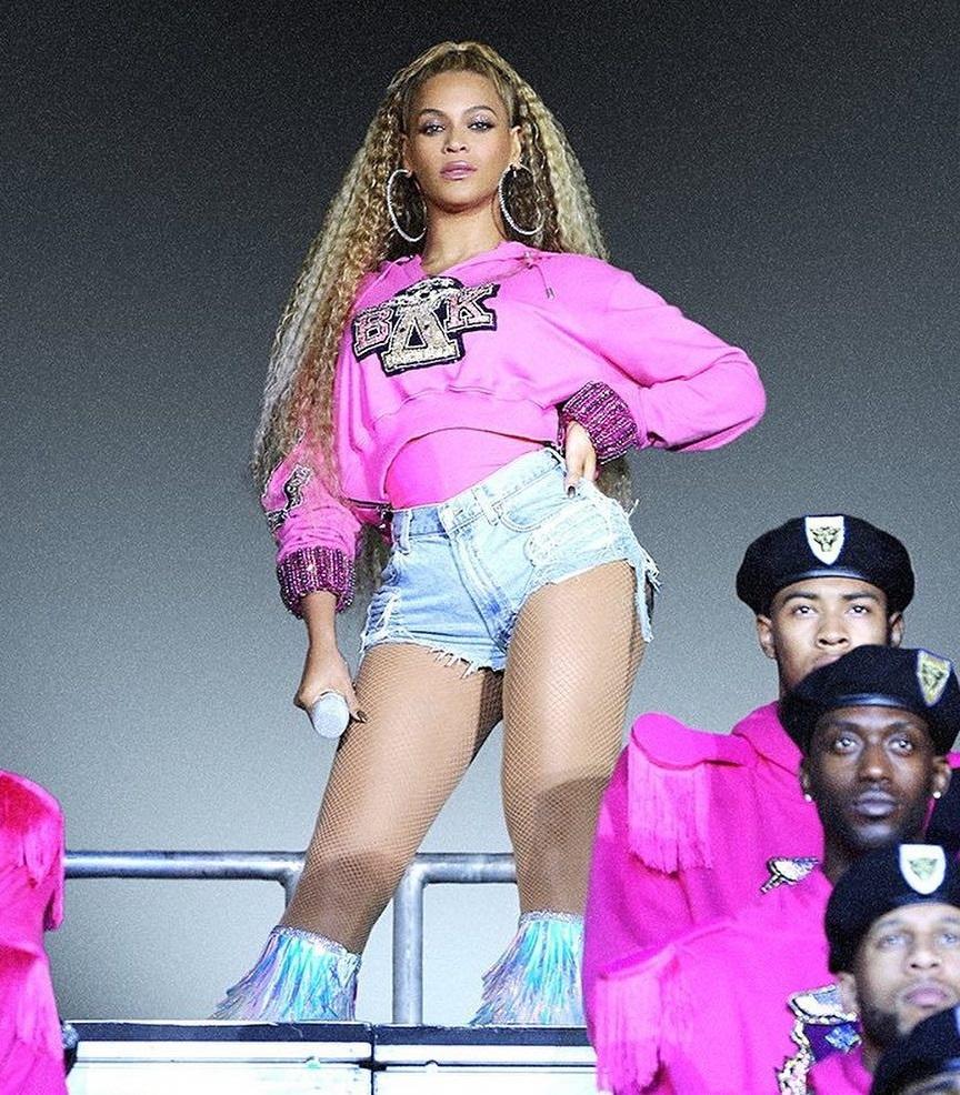 Beyonce-Balmain-United Negro College Fund.jpg