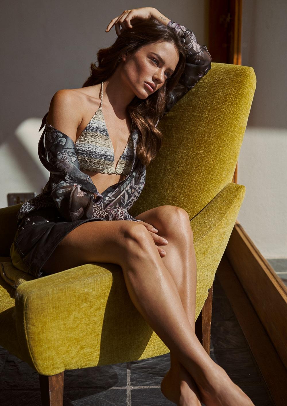 Jessica-Lee-Buchanan-Harpers-Bazaar-Bulgaria-August-2018-Stephan-Glathe-7.jpg