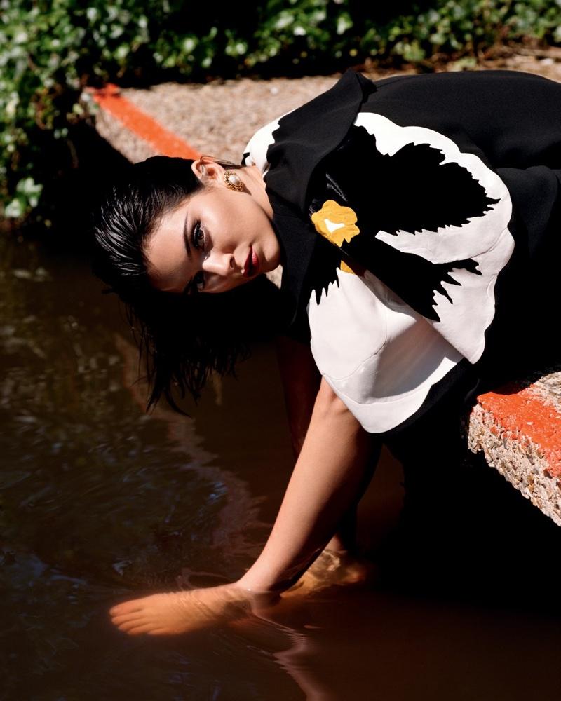 Kendall-Jenner-Alasdair McLellan for LOVE-Magazine-Cover-Photoshoot  (5).jpg