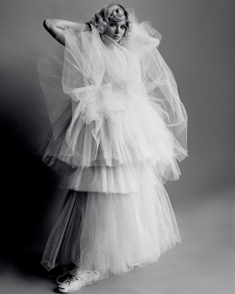 Kendall-Jenner-Alasdair McLellan for LOVE-Magazine-Cover-Photoshoot  (15).jpg