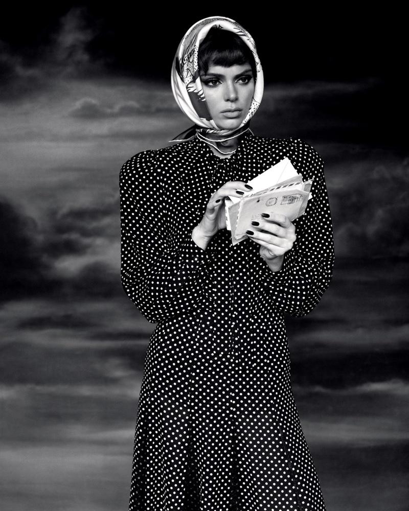 Kendall-Jenner-Alasdair McLellan for LOVE-Magazine-Cover-Photoshoot  (16).jpg