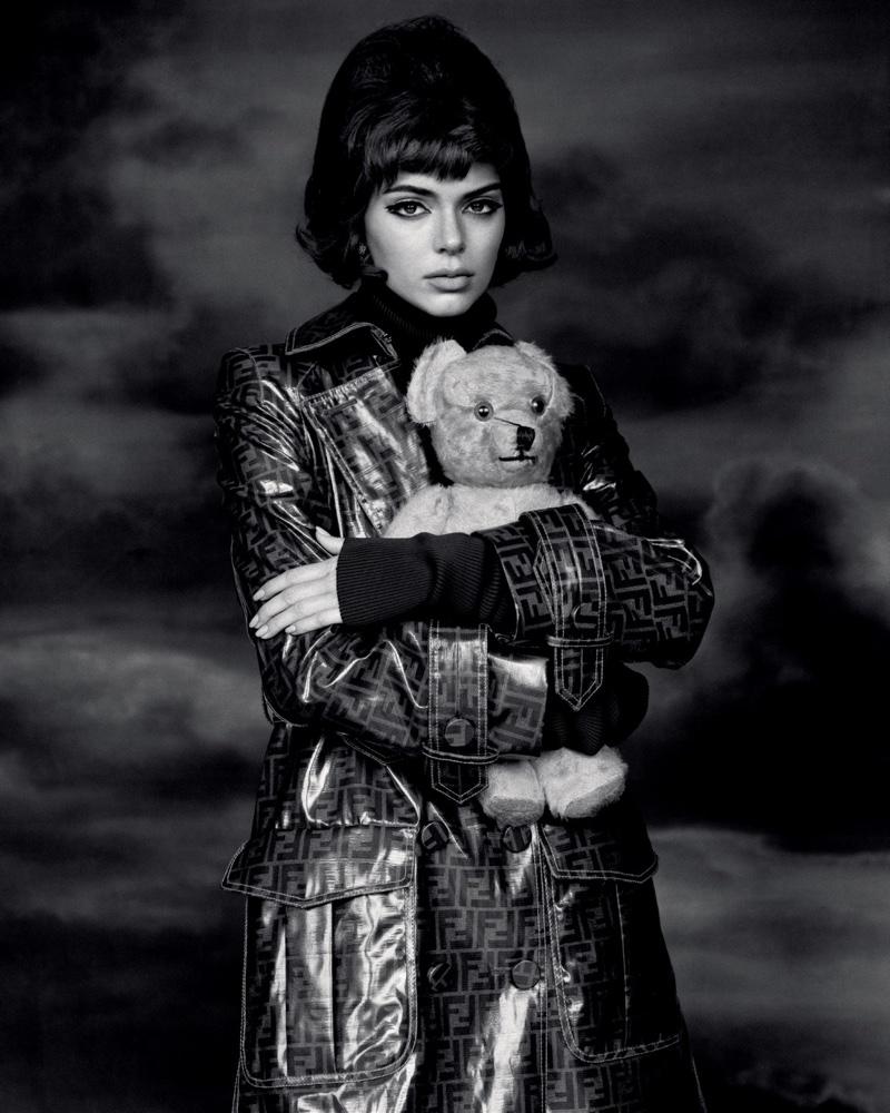 Kendall-Jenner-Alasdair McLellan for LOVE-Magazine-Cover-Photoshoot  (17).jpg