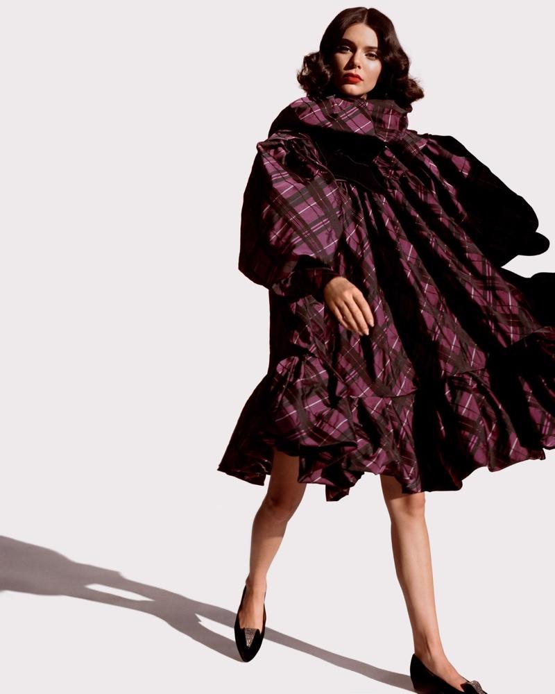Kendall-Jenner-Alasdair McLellan for LOVE-Magazine-Cover-Photoshoot  (20).jpg