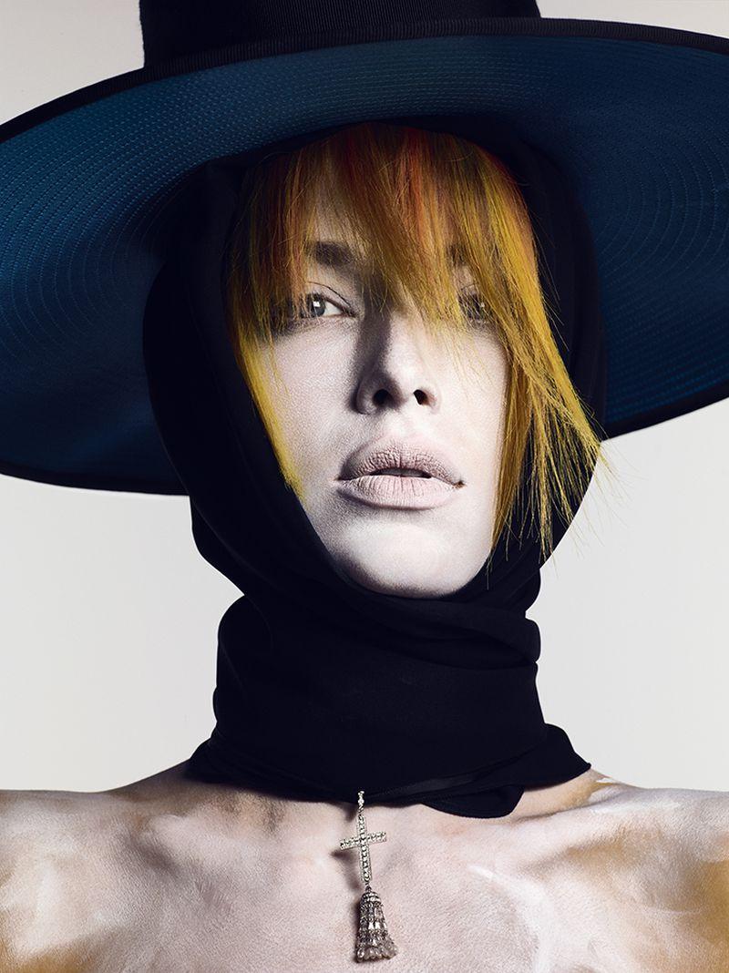 Hannah Ferguson by Ben Hassett for Vogue Russia Sept 2018 (1).jpg