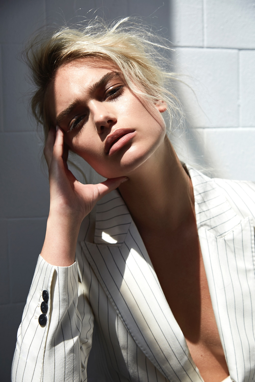 ELLE-Russia-September-2018-Sveta-Danika-Lauren-Rocio-Ramos-7.jpg