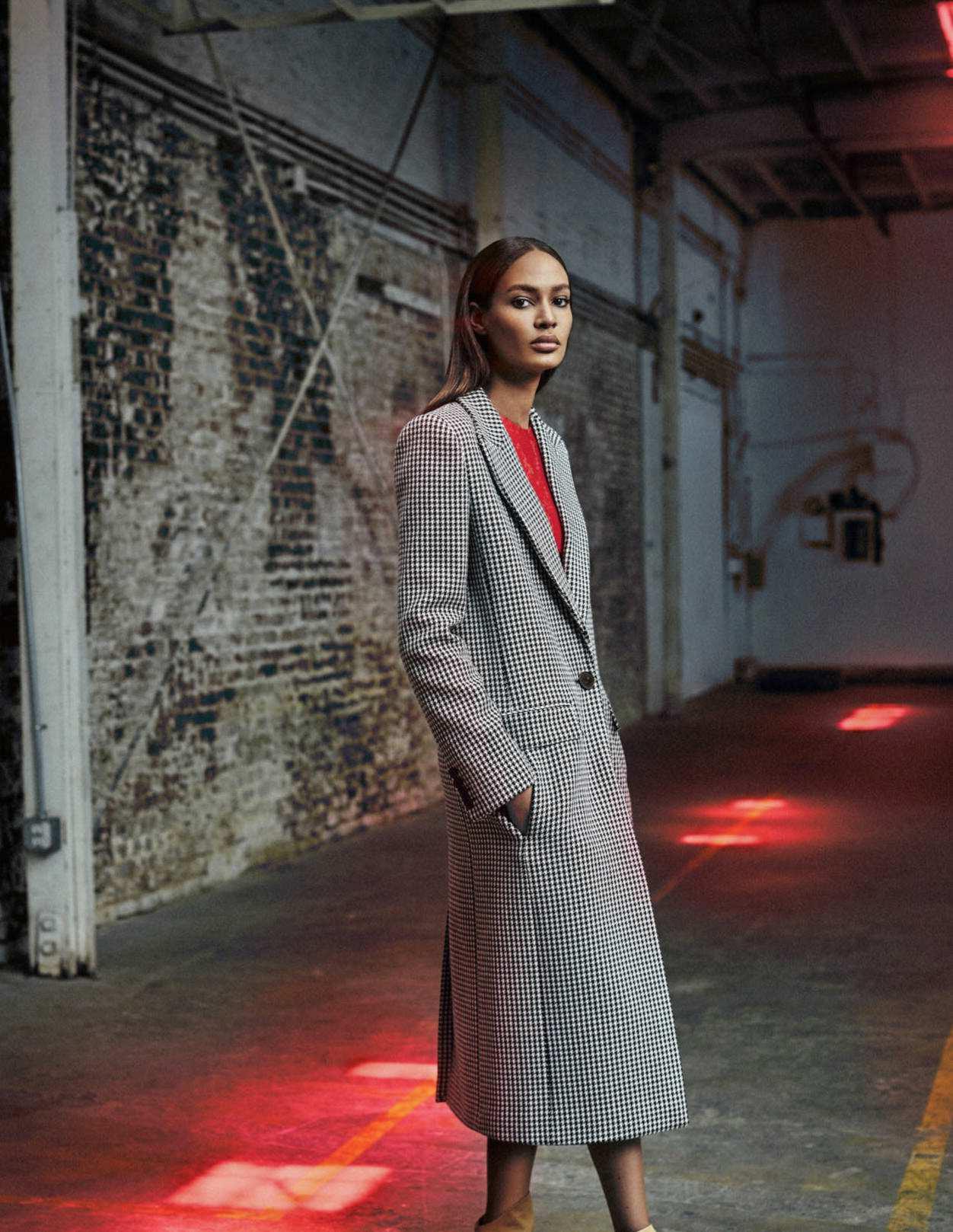 Joan Smalls by Xavi Gordo for Elle Russia October 2018 (9).jpg