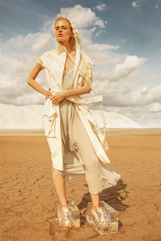 Anastasia Fursova by Daria Kozak for Vogue-Poland (11).jpg