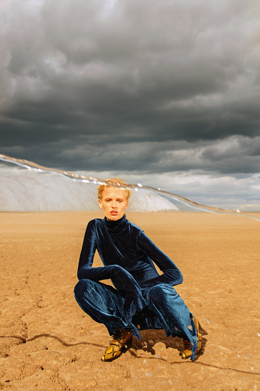 Anastasia Fursova by Daria Kozak for Vogue-Poland (16).jpg