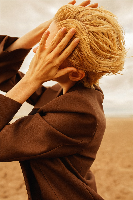 Anastasia Fursova by Daria Kozak for Vogue-Poland (20).jpg