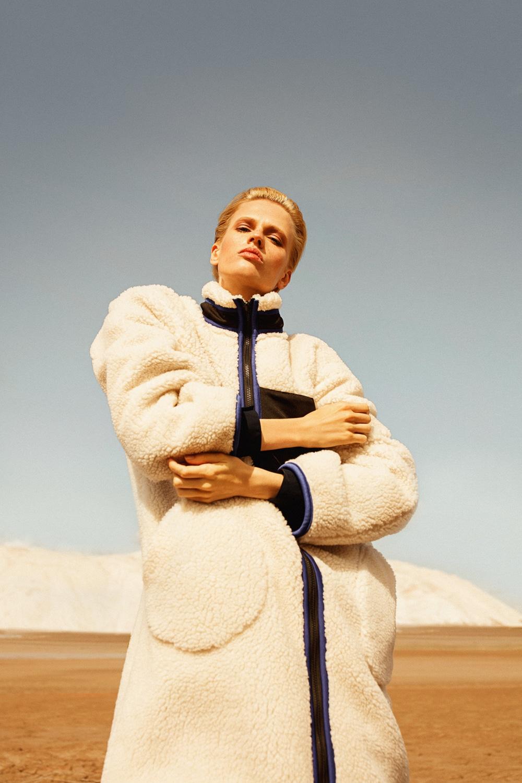 Anastasia Fursova by Daria Kozak for Vogue-Poland (9).jpg