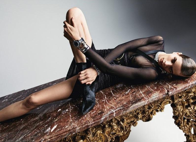 Linda Helena by Billy Kidd for Vanity Fair France September 2018 (3).jpg