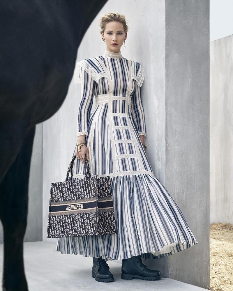 Jennifer+Lawrence+by+Vivienne+Sassen+for+Dior+Cruise+2019+(2).jpg