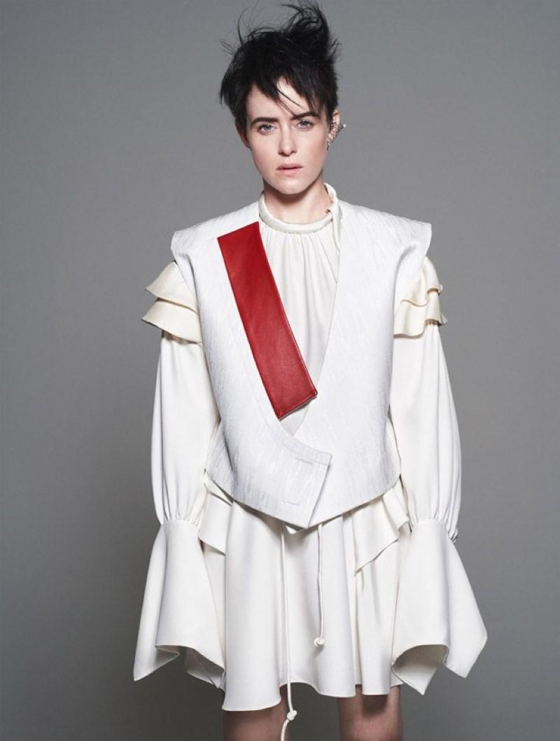 Claire-Foy-Vogue-US-David-Sims-06-620x820.jpg