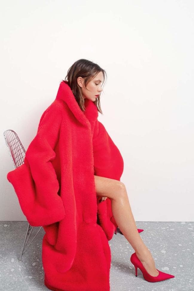 Victoria Beckham by Bibi Cornejo Borthwick for Vogue Australia November 2018 (11).jpg