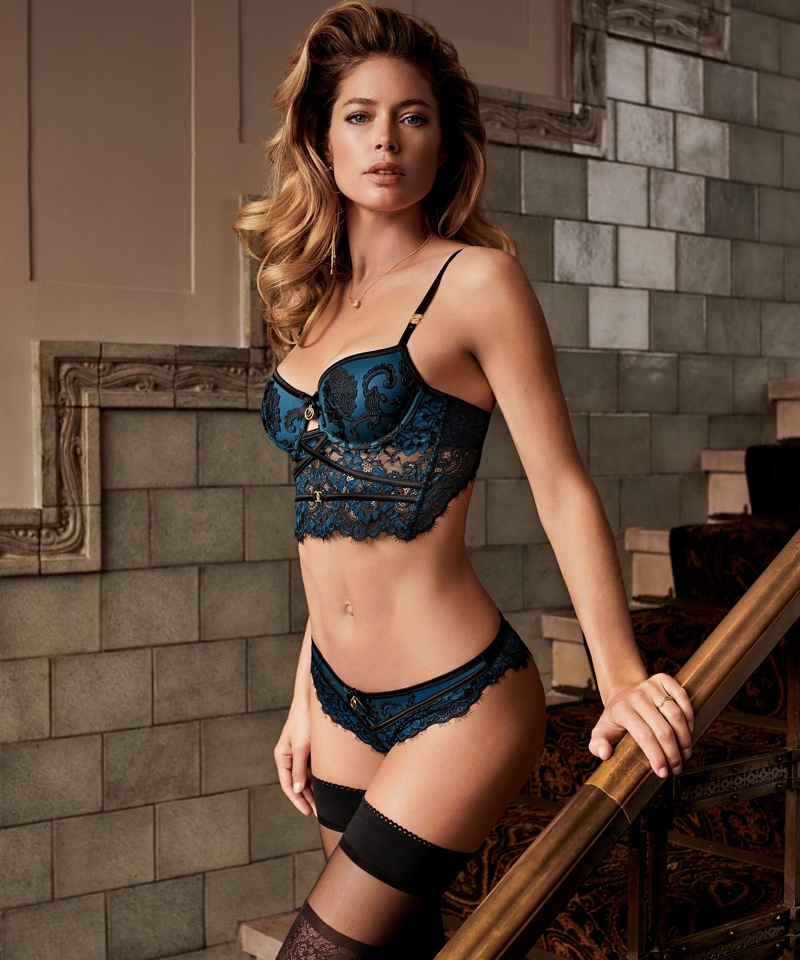 Doutzen Kroes in Hunkemöller for Doutzens-Stories Collection Fall 2018 (3).jpg