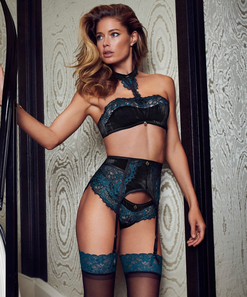 Doutzen Kroes in Hunkemöller for Doutzens-Stories Collection Fall 2018 (6).jpg
