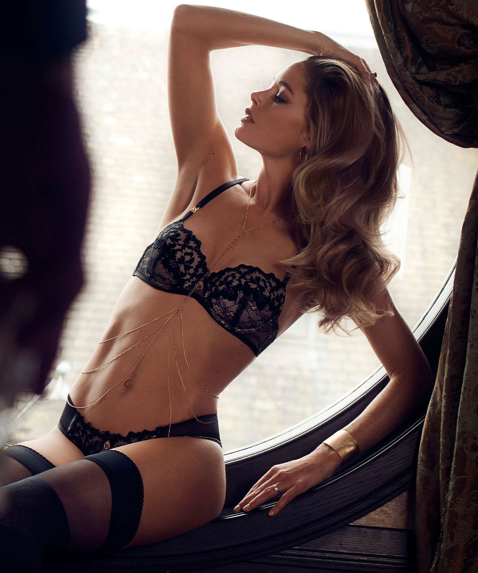 Doutzen Kroes in Hunkemöller for Doutzens-Stories Collection Fall 2018 (10).jpg