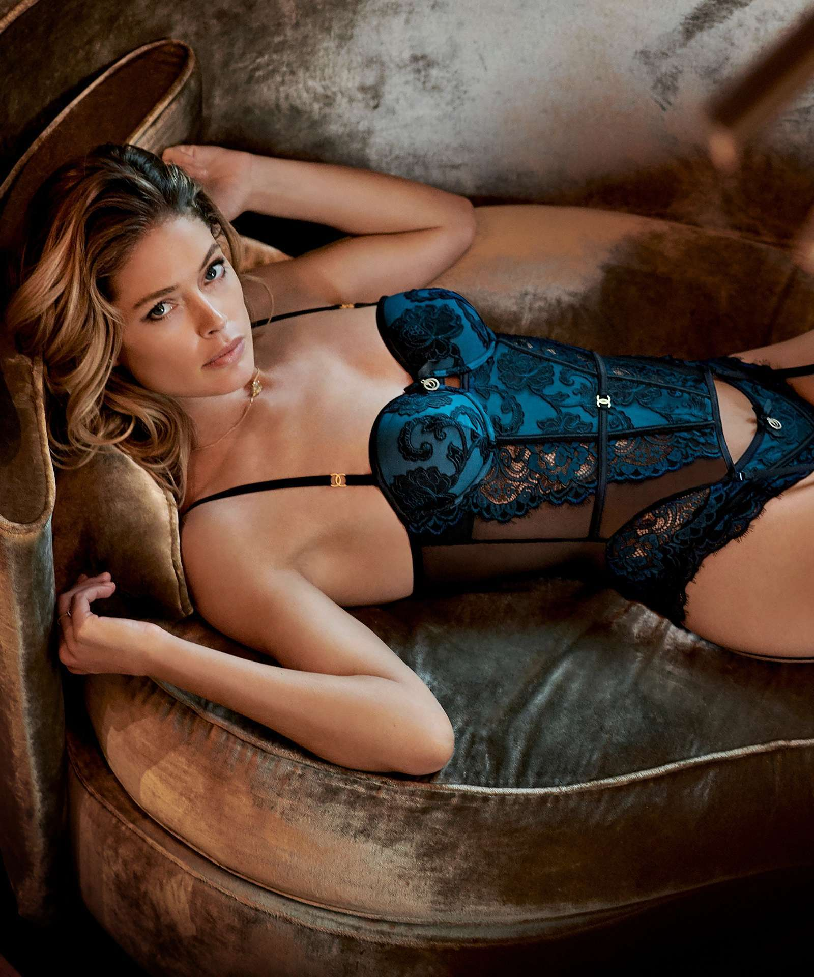 Doutzen Kroes in Hunkemöller for Doutzens-Stories Collection Fall 2018 (11).jpg
