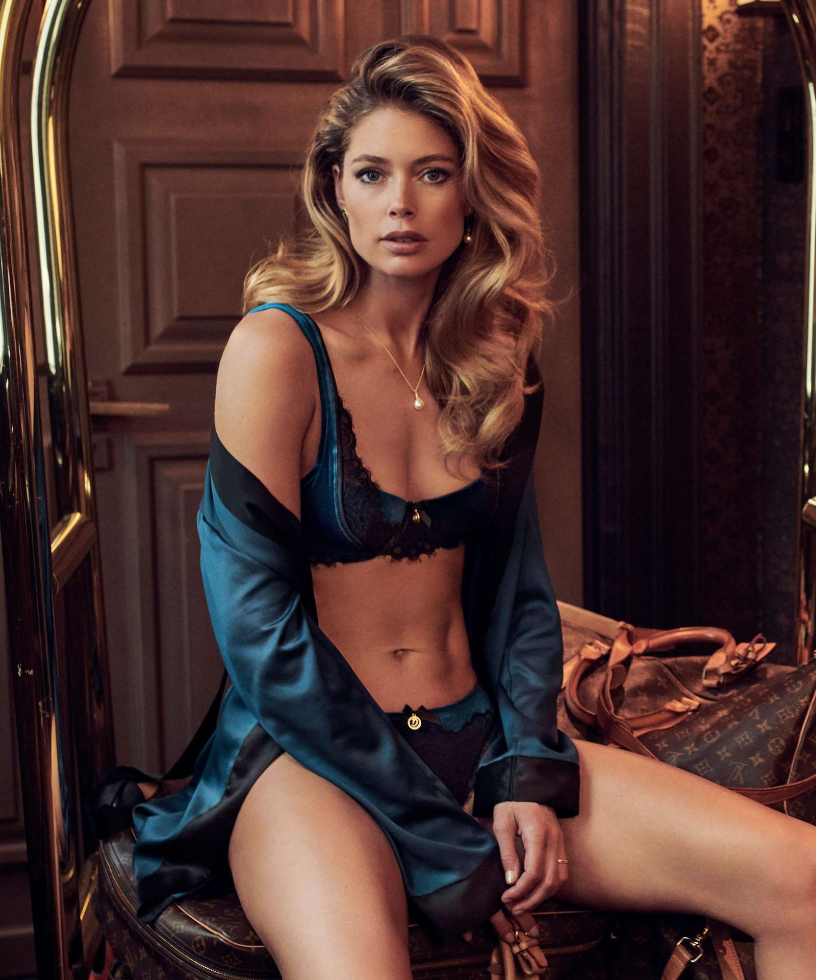 Doutzen-Kroes-in-Hunkemöller-Doutzens-Stories-Collection-2018-9.jpg